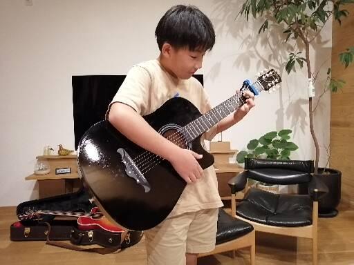 仙台入門ギター弾き語り倶楽部の中学一年生の生徒さん