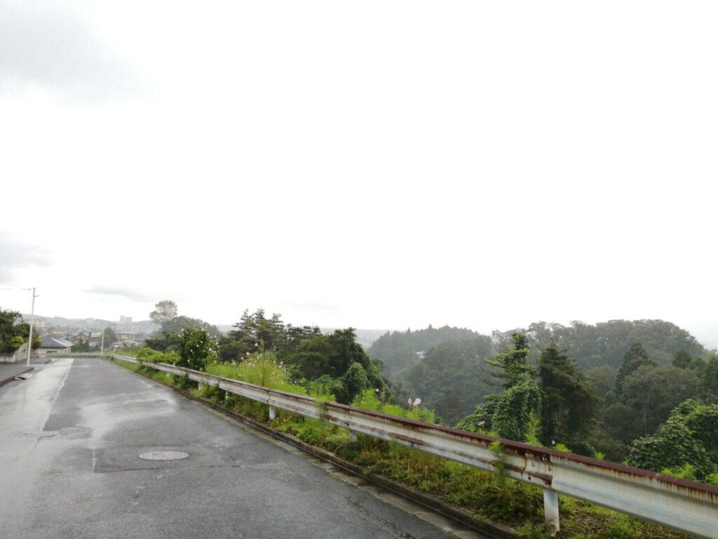 仙台市太白区上野山の車道から見た景色