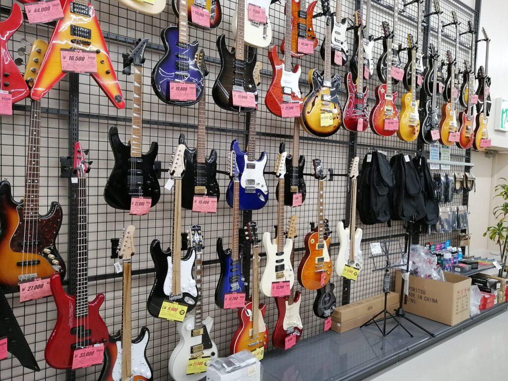 ハードオフ仙台荒井店のエレクトリックギター売り場