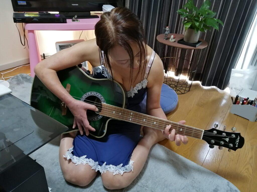 個人ギターレッスン中の画像